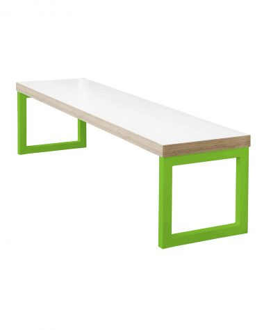 Link Table and Bench